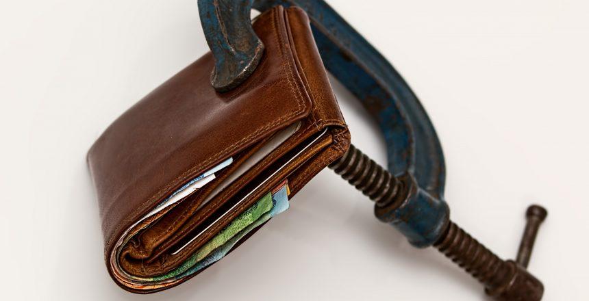 c-clamp-cash-close-up-46242